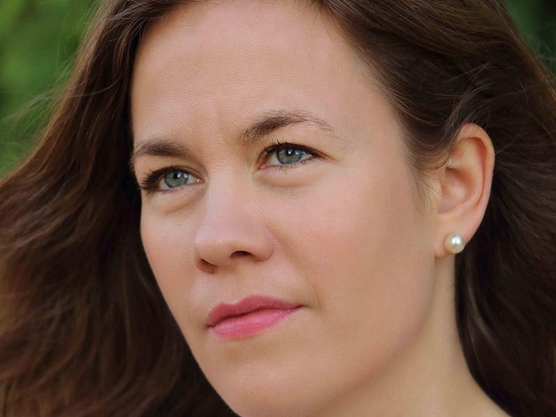 Gudrun Johanna Olafsdottir, mezzo-soprano